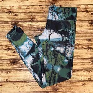 Onzie Leggings 🌿Size Medium/Large